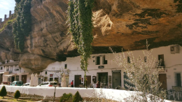 Le case nella roccia di Setenil de las Bodegas