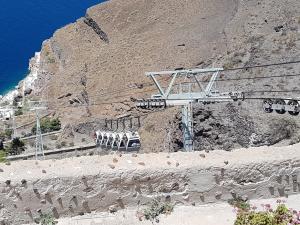 Cabinovia nell'isola di Santorini