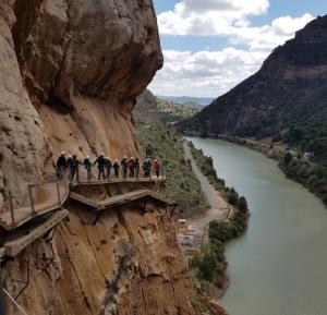 El Caminito del Rey offre viste spettacolari per chi non soffre di vertigini.