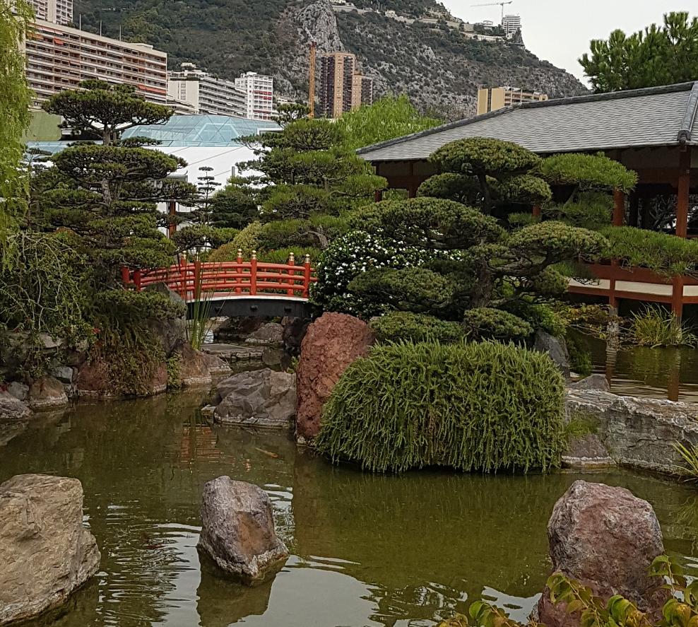 Il giardino giapponese nel principato di monaco for Laghetto giapponese