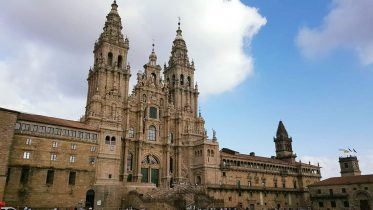 Vista da piazza dell'Obradoiro della Cattedrale di Santiago de Compostela