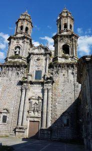 Facciata esterna del monastero cistercense di Santa Maria de Sobrado de los Monjes