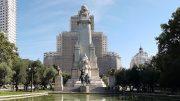 Monumento dedicato a Cervantes in piazza di Spagna a Madrid