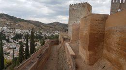 Panoramica delle possenti mura dell'Alhambra - Granada