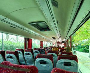 Interno del bus turistico che ci porta nel Parco Naturale dell'Albufera