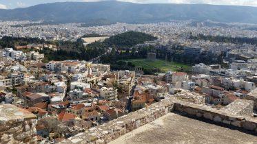 Vista del tempio di Zeus Olimpio dall'Acropoli di Atene