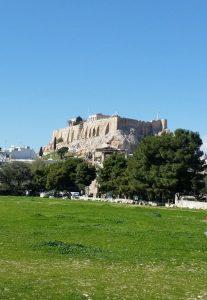 Vista dell'acropoli di Atene dal tempio di Zeus Olimpio