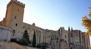Esterno del Palazzo dei Papi di Avignone
