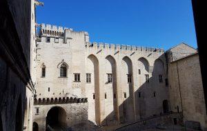 Particolare del Palazzo dei Papi di Avignone